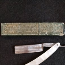 Antigüedades: NAVAJA DE AFEITAR FILARMÓNICA DOBLE TEMPLE, 14 JOSÉ MONTSERRAT POU DOBLE TEMPLE.. Lote 179155277