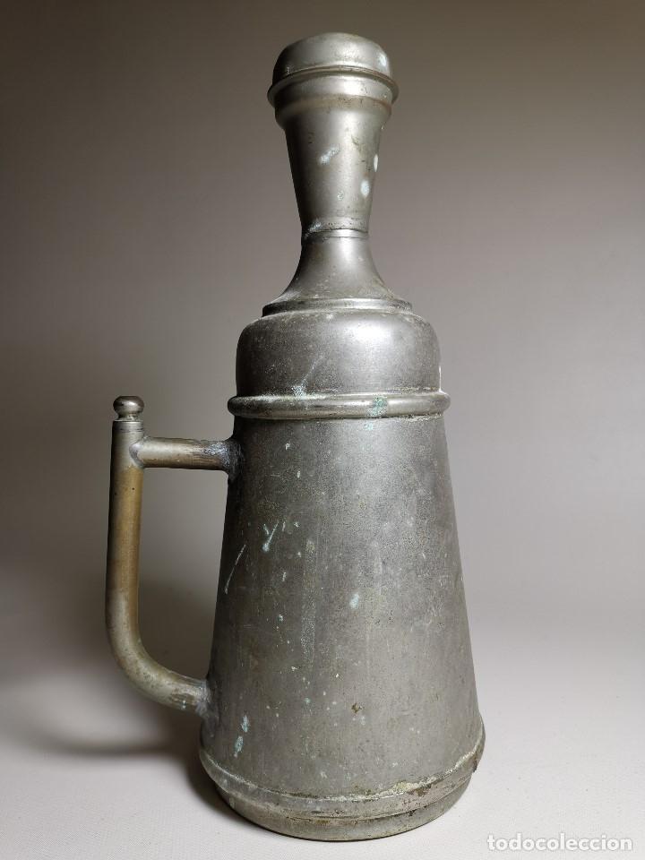 Antigüedades: BARBERÍA JARRA PARA AGUA DE LAVARCABEZAS METAL ALREDEDORES DEL AÑO 1800 BARBERO PELUQUERÍA , - Foto 14 - 179335096