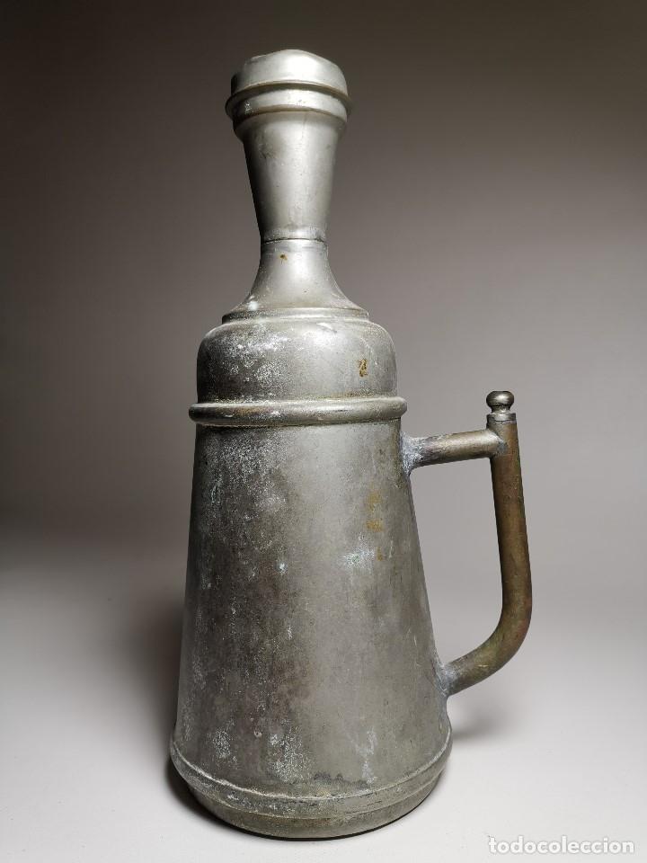 Antigüedades: BARBERÍA JARRA PARA AGUA DE LAVARCABEZAS METAL ALREDEDORES DEL AÑO 1800 BARBERO PELUQUERÍA , - Foto 19 - 179335096