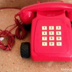 Teléfonos: TELEFONO ROJO LINEA DIRECTA CON RUEDAS. Lote 179519595