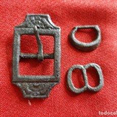 Antigüedades: HEBILLAS MEDIEVALES DIVERSAS . Lote 179528912