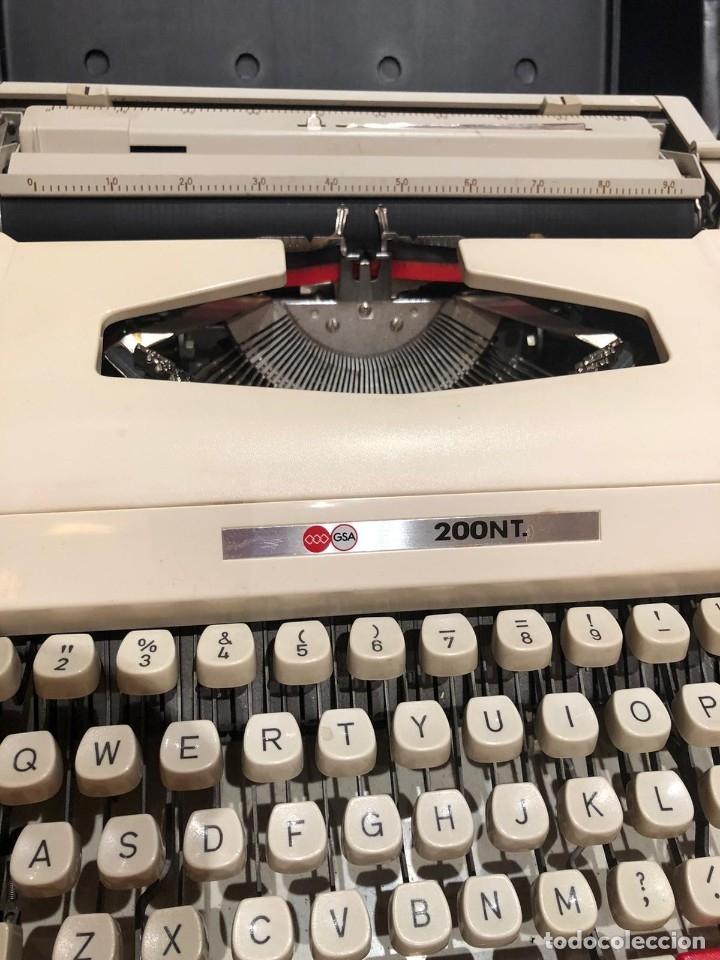 MAQUINA DE ESCRIBIR GSA 200NT (Antigüedades - Técnicas - Máquinas de Escribir Antiguas - Otras)