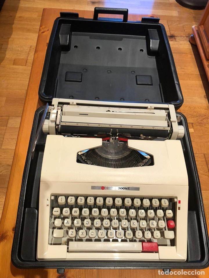 Antigüedades: maquina de escribir GSA 200NT - Foto 3 - 179537240