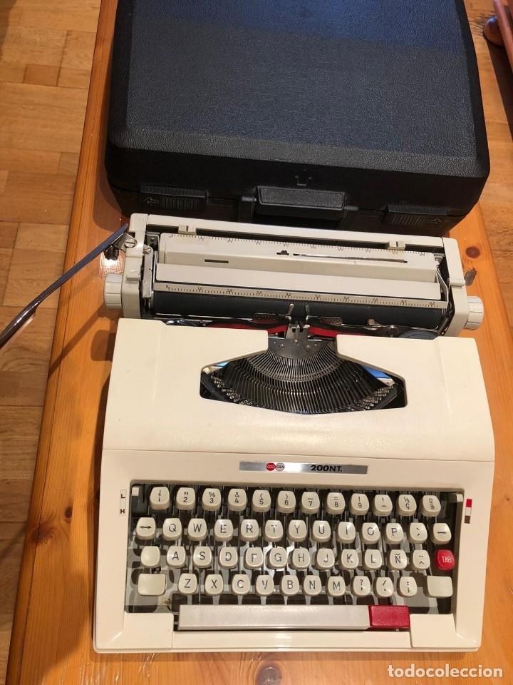 Antigüedades: maquina de escribir GSA 200NT - Foto 5 - 179537240
