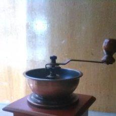 Antigüedades: MOLINILLO CAFÉ, REPRODUCCIÓN AÑOS 90. Lote 179946676