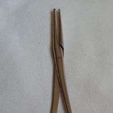 Antigüedades: PINZA DE CURA O CIRUGÍA DE USO VETERINARIO. Lote 180016251