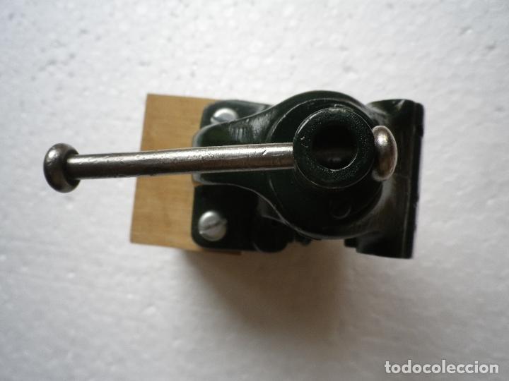 Antigüedades: Tornillo de banco pequeño tamaño - Foto 3 - 180112633