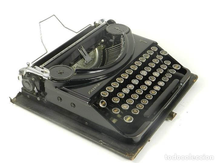 MAQUINA DE ESCRIBIR PATRIA AÑO 1936 TYPEWRITER SCRHEIBMASCHINE (Antigüedades - Técnicas - Máquinas de Escribir Antiguas - Patria)