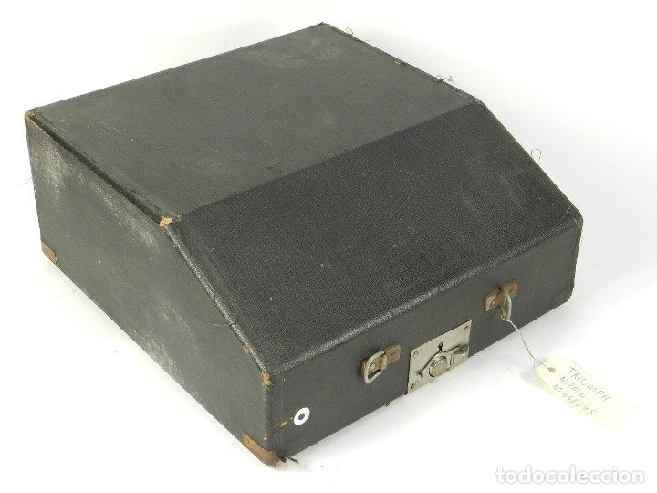 Antigüedades: MAQUINA DE ESCRIBIR TRIUMPH NORM 6 AÑO 1940 TYPEWRITER SCRHEIBMASCHINE - Foto 13 - 180118396