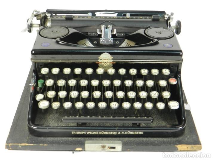 MAQUINA DE ESCRIBIR TRIUMPH NORM 6 AÑO 1940 TYPEWRITER SCRHEIBMASCHINE (Antigüedades - Técnicas - Máquinas de Escribir Antiguas - Patria)