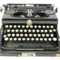 Antigüedades: MAQUINA DE ESCRIBIR TRIUMPH NORM 6 AÑO 1940 TYPEWRITER SCRHEIBMASCHINE. Lote 180118396