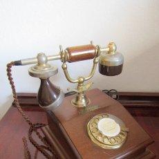 Teléfonos: TELÉFONO ESTILO ANTIGUO ALEMÁN MODELO LYON AÑOS 1960/70 USO OFICINAS DE CORREOS ALEMANIA Y FUNCIONA. Lote 180122847