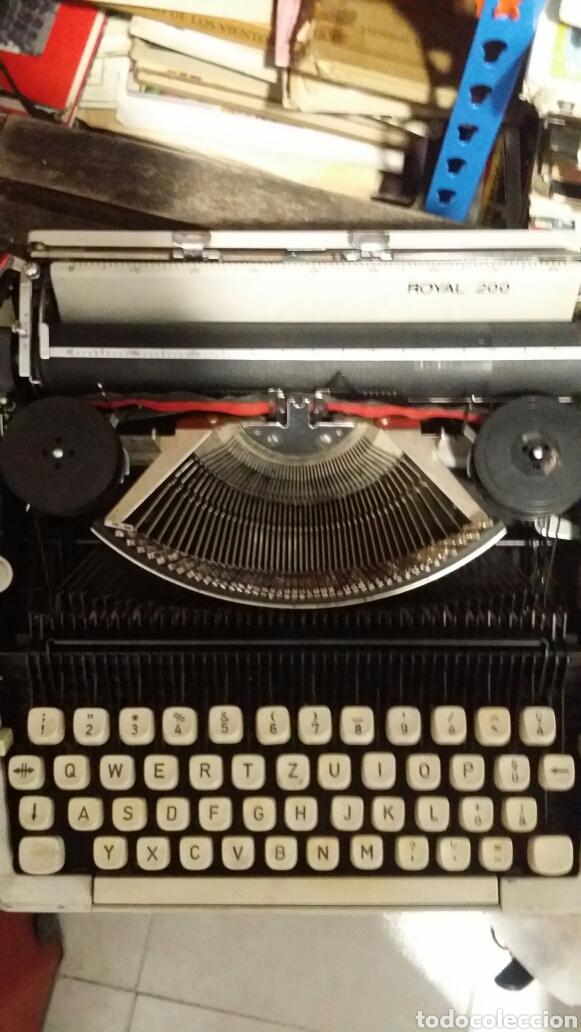 Antigüedades: Maquina de escribir Royal 200 - Foto 2 - 180136721