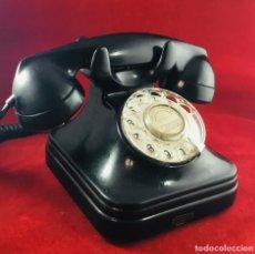 Teléfonos: ANTIGUO TELÉFONO DE BAQUELITA 5523F, DE STANDARD ELÉCTRICA, PARA LA CTNE. Lote 180151030
