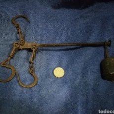 Antigüedades: PEQUEÑA ROMANA PESAS PESO ANTIGUA. Lote 180151418
