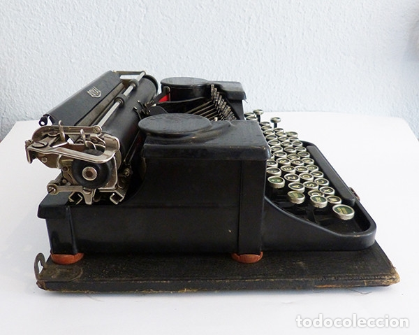 Antigüedades: Máquina de escribir portátil Royal P - Foto 4 - 180163925