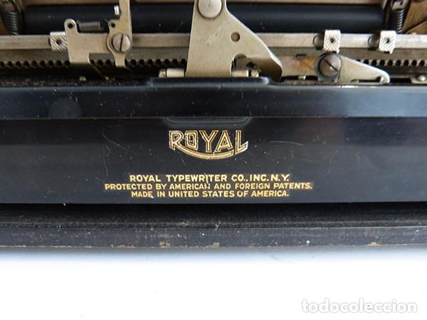 Antigüedades: Máquina de escribir portátil Royal P - Foto 8 - 180163925