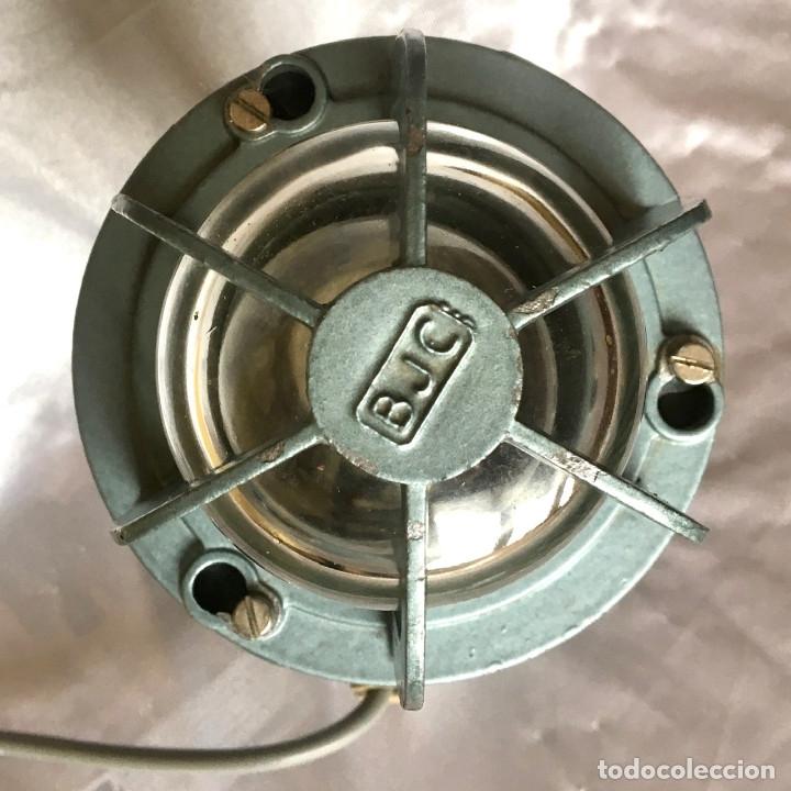 Antigüedades: Antigua lámpara industrial de exterior FLECTOR de BJC, años 60 - Foto 4 - 180244267