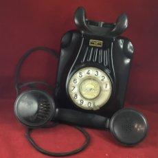 Teléfonos: ANTIGUO TELÉFONO BAQUELITA ESPAÑOL, MURAL 5522A, STANDARD ELÉCTRICA PARA LA CTNE. Lote 180267591