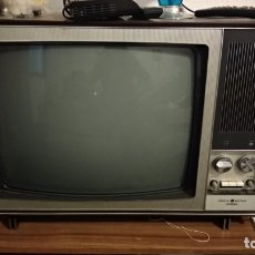 Antigüedades: TELEVISOR GENERAL ELÉCTRICA ESPAÑOLA AÑOS 60. Lote 180270070