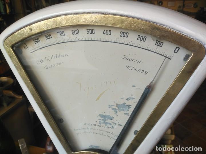Antigüedades: Bascula o balanza de tienda - Foto 2 - 180271595