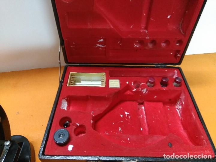 Antigüedades: MICROSCOPIO BOB CON CAJA Y EXTRAS - Foto 3 - 180396483