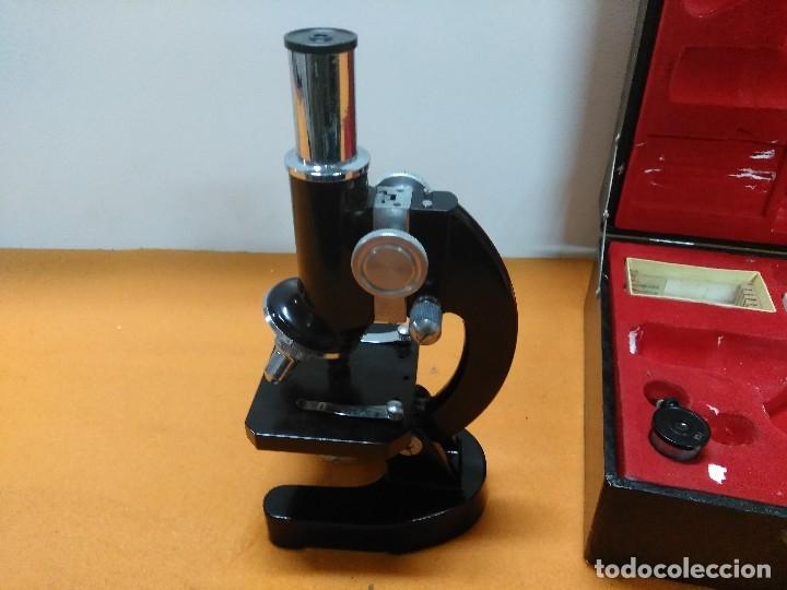 Antigüedades: MICROSCOPIO BOB CON CAJA Y EXTRAS - Foto 4 - 180396483