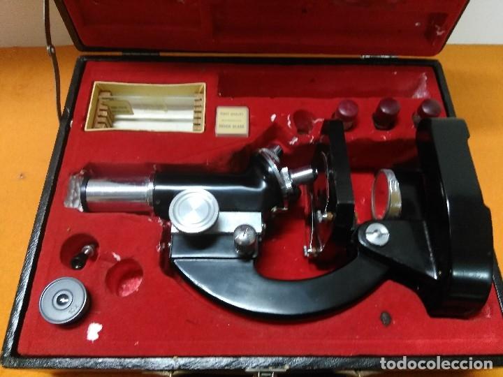 Antigüedades: MICROSCOPIO BOB CON CAJA Y EXTRAS - Foto 8 - 180396483