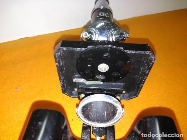 Antigüedades: MICROSCOPIO BOB CON CAJA Y EXTRAS - Foto 12 - 180396483