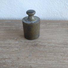 Antigüedades: PESO DE BRONCE DE 200 GRAMOS. Lote 180446725