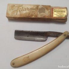 Antigüedades: ANTIGUA NAVAJA DE AFEITAR - JOSE MONSERRAT POU - FILARMONICA - DOBLE TEMPLE. Lote 180456476