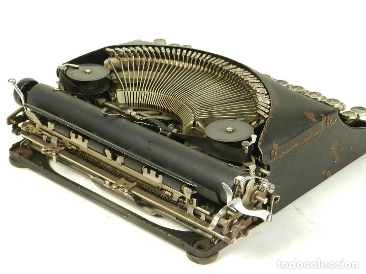 Antigüedades: MAQUINA DE ESCRIBIR REMINGTON REM-ETTE AÑO 1939 TYPEWRITER SCRHEIBMASCHINE - Foto 9 - 180479885