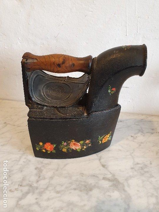 Antigüedades: PLANCHA DE CARBON ANTIGUA - Foto 4 - 180494892