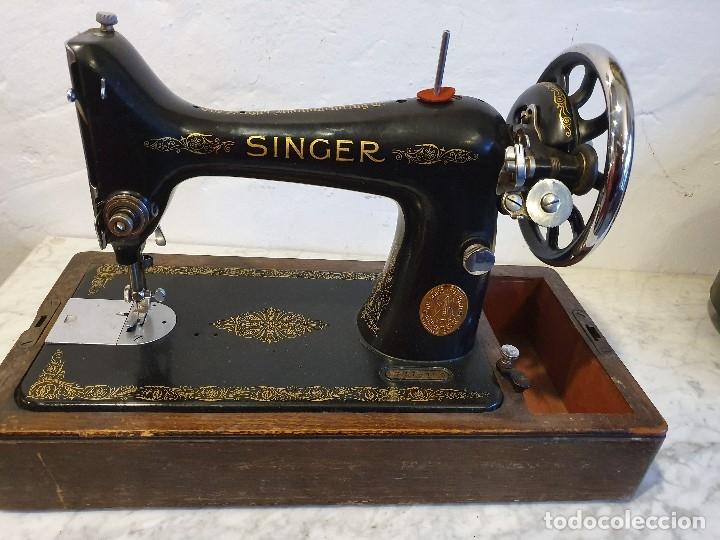 MAQUINA DE COSER PORTATIL SINGER (Antigüedades - Técnicas - Máquinas de Coser Antiguas - Singer)