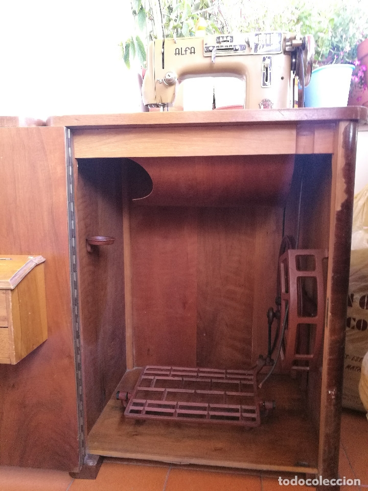 Antigüedades: Máquina de coser ALFA - Foto 19 - 181415473
