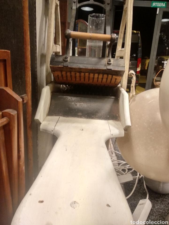 Antigüedades: Aparato, antigua máquina cardar lana - Foto 10 - 181424857