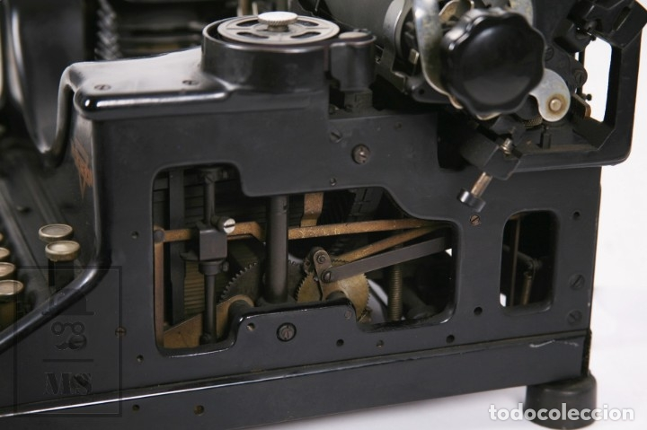 Antigüedades: Antigua Máquina de Escribir Hispano-Olivetti M 40 / H.O. S.A. - Barcelona, Años 30 - Foto 4 - 181454350