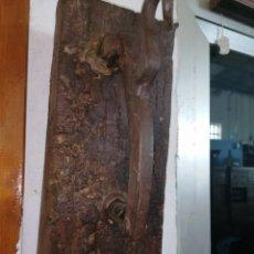 Antigüedades: LLAMADOR DE PORTÓN DE FORJA. Lote 181488773