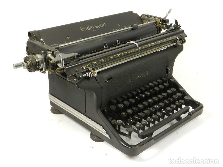 Antigüedades: MAQUINA DE ESCRIBIR UNDERWOOOD STANDARD AÑO 1940 TYPEWRITER SCRHEIBMASCNINE - Foto 5 - 181496931