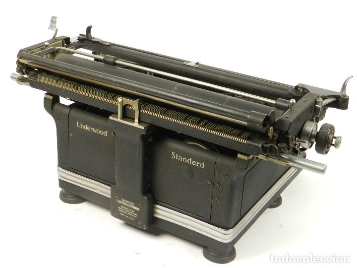 Antigüedades: MAQUINA DE ESCRIBIR UNDERWOOOD STANDARD AÑO 1940 TYPEWRITER SCRHEIBMASCNINE - Foto 8 - 181496931