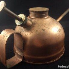 Antigüedades: ACEITERA DE COBRE. Lote 181501813
