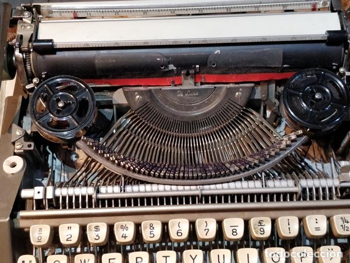 Antigüedades: Máquina de escribir OLYMPIA de Luxe con maletín de transporte - 32 x 33 x 9.5cm - Foto 8 - 181546430