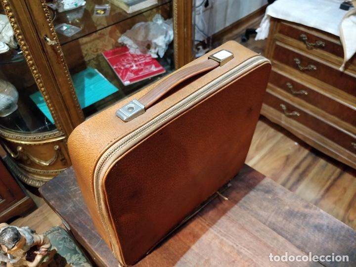 Antigüedades: Máquina de escribir OLYMPIA de Luxe con maletín de transporte - 32 x 33 x 9.5cm - Foto 10 - 181546430