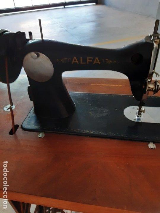 Antigüedades: Antigua máquina de coser ALFA ( leer descripción) - Foto 5 - 181555312