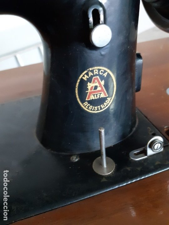 Antigüedades: Antigua máquina de coser ALFA ( leer descripción) - Foto 7 - 181555312