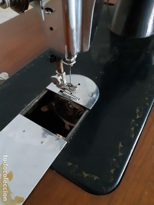 Antigüedades: Antigua máquina de coser ALFA ( leer descripción) - Foto 16 - 181555312