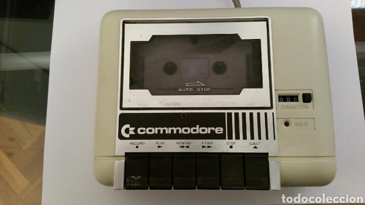 COMMODORE 64 DATASSETTE FUNCIONANDO (Antigüedades - Técnicas - Ordenadores hasta 16 bits (anteriores a 1982))