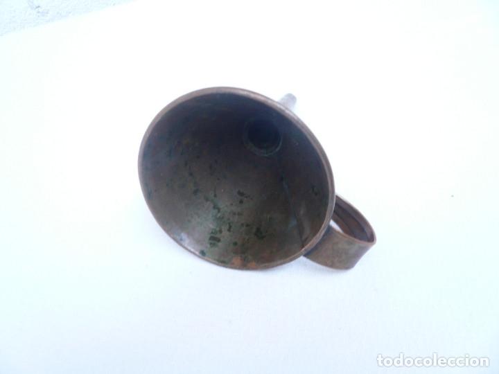 Antigüedades: ANTIGUO EMBUDO DE COBRE. ALTURA 14 CM. DIÁMETRO 8 CM. - Foto 9 - 181946108