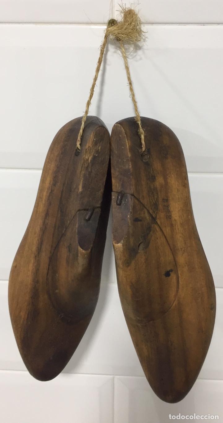 Antigüedades: ANTIGUAS HORMAS DE ZAPATOS EN MADERA MACIZA - Foto 6 - 182231083