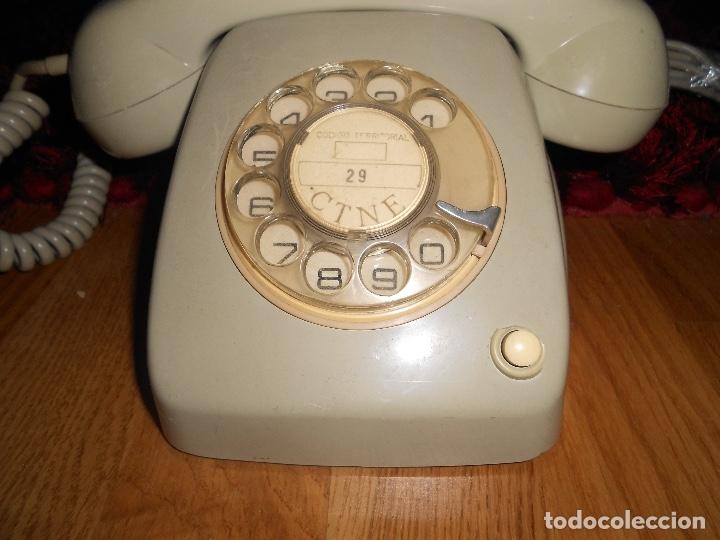 Teléfonos: Teléfono de rueda antiguo COLOR GRIS - vintage - modelo heraldo - CTNE BUEN ESTADO - Foto 2 - 182276863
